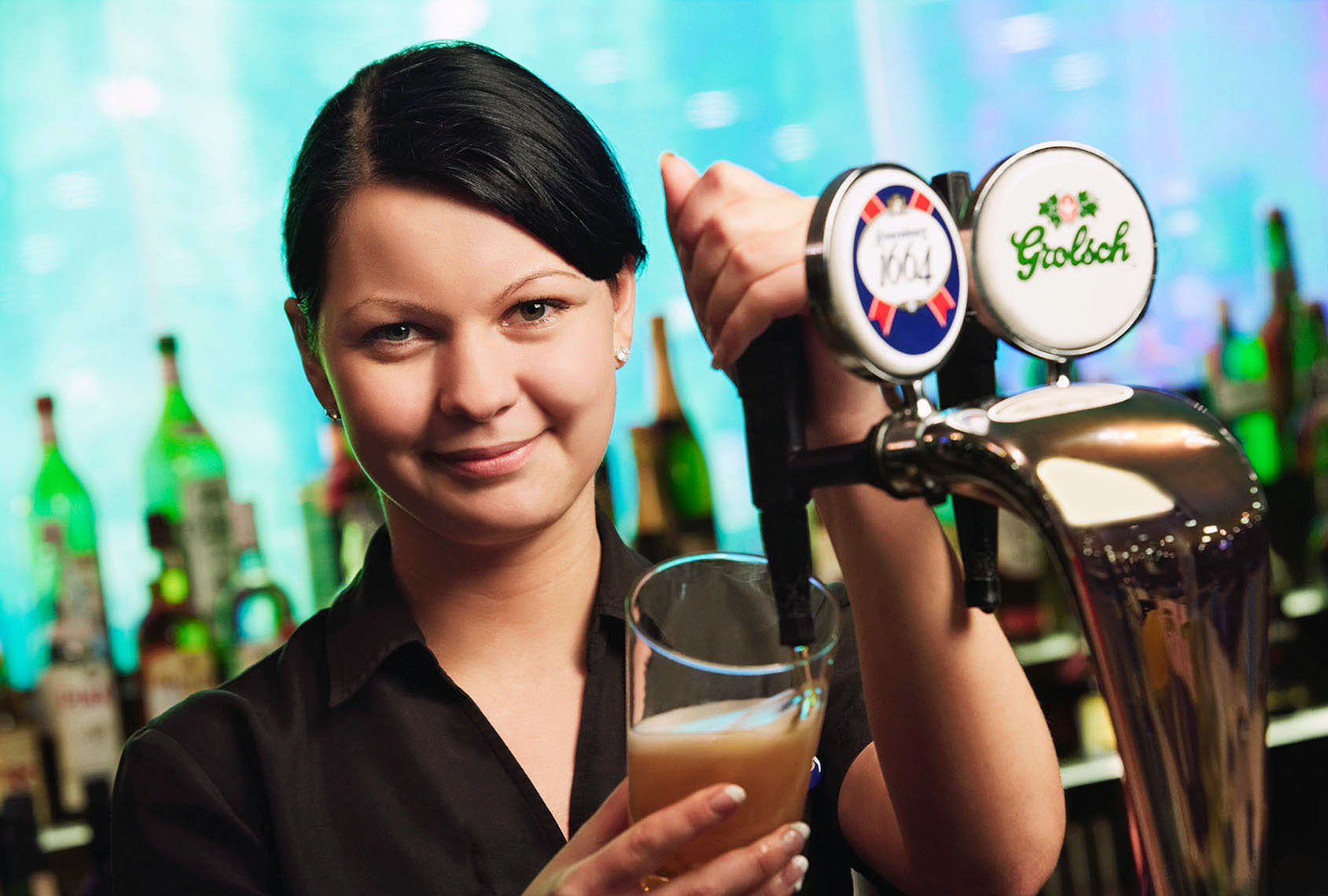 SSPair-barmaid-retouched.jpg